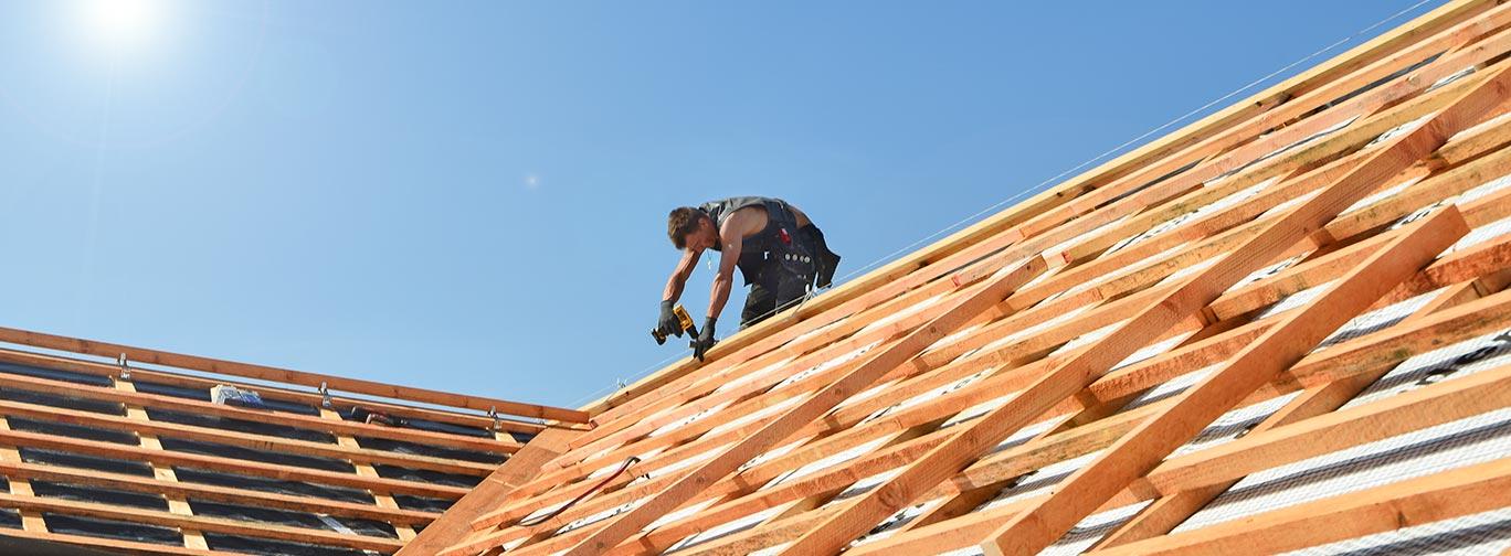 Dachsanierung und Dachdämmung – Sparen beginnt beim Dach